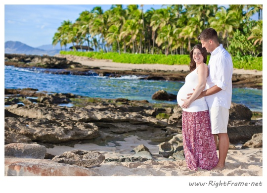 001_Maternity_oahu_Hawaii_Photographer_