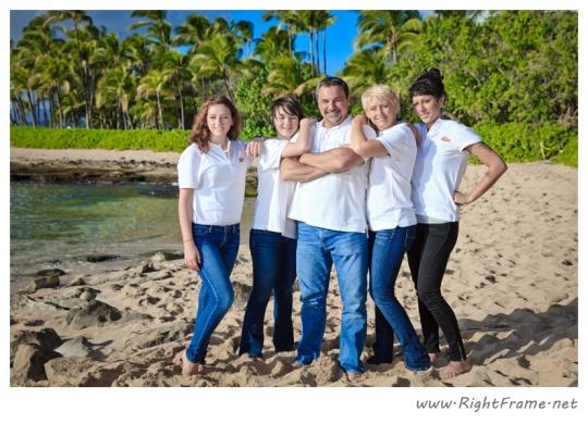 011_Family_oahu_Hawaii_Photographer_
