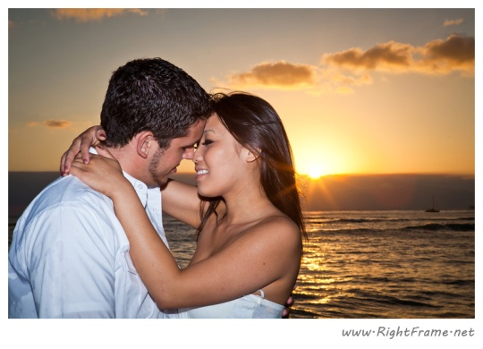 015_Engagement_oahu_Hawaii_Photographer_