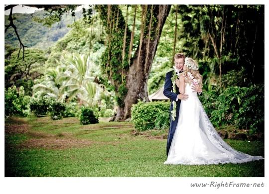 019_wedding_oahu_Hawaii_Photographer_