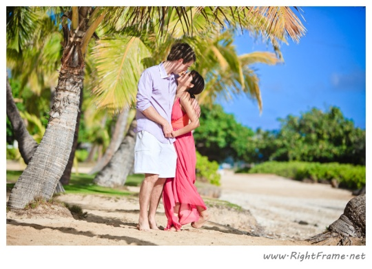 020_Engagement_oahu_Hawaii_Photographer_