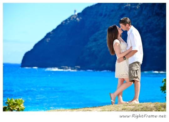 022_Engagement_oahu_Hawaii_Photographer_