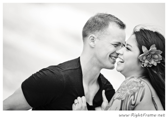 034_Engagement_oahu_Hawaii_Photographer_