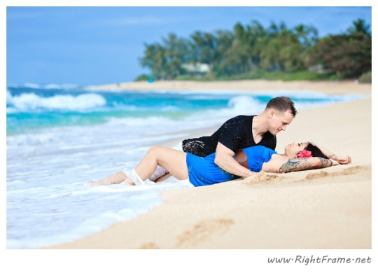 037_Engagement_oahu_Hawaii_Photographer_