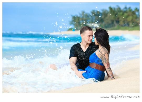 038_Engagement_oahu_Hawaii_Photographer_