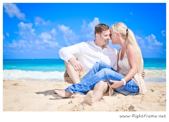 043_Engagement_oahu_Hawaii_Photographer_