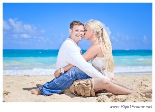 044_Engagement_oahu_Hawaii_Photographer_