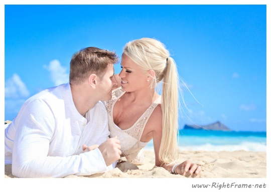 047_Engagement_oahu_Hawaii_Photographer_