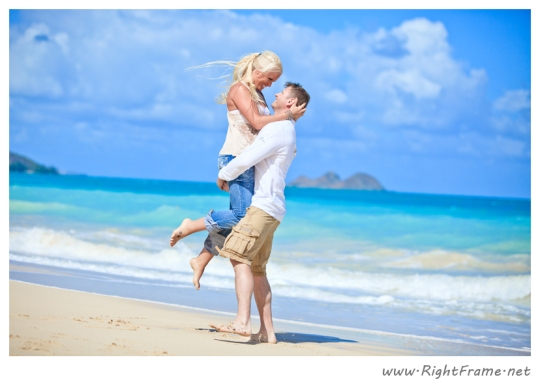048_Engagement_oahu_Hawaii_Photographer_