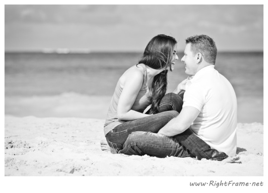 053_Engagement_oahu_Hawaii_Photographer_
