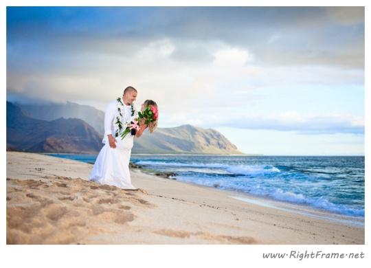 056_wedding_oahu_Hawaii_Photographer_