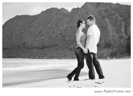 057_Engagement_oahu_Hawaii_Photographer_