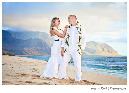 057_wedding_oahu_Hawaii_Photographer_