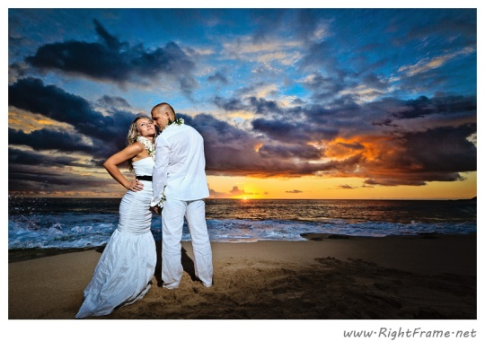061_wedding_oahu_Hawaii_Photographer_