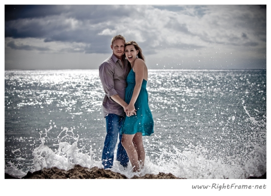 064_Engagement_oahu_Hawaii_Photographer_