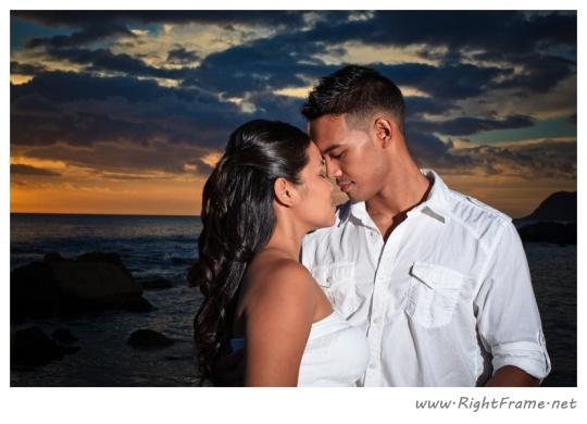 068_Engagement_oahu_Hawaii_Photographer_
