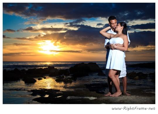 069_Engagement_oahu_Hawaii_Photographer_
