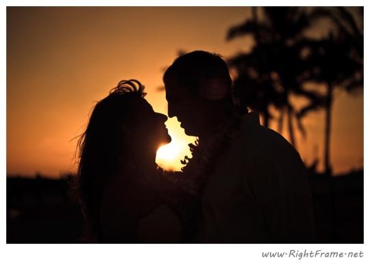 2 Waikiki wedding photographer honolulu