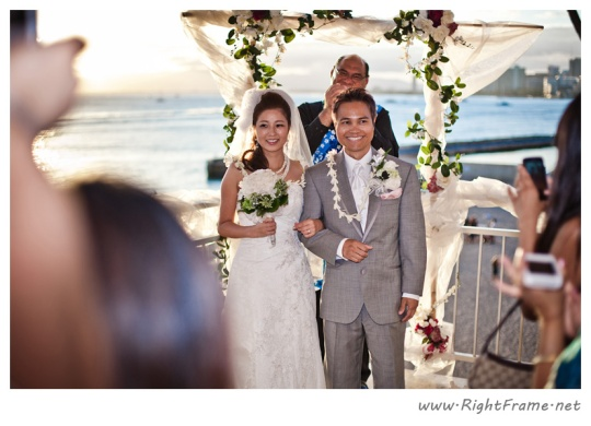 6 oahu wedding photographer New Otani restaurant