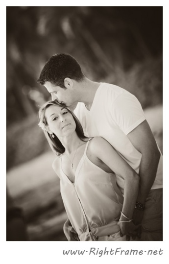 078_Engagement_oahu_Photography