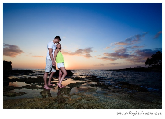 084_Engagement_oahu_Photography