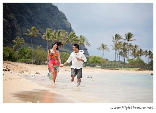 124_Oahu_Engagement_Photography_Kualoa_Regional_Beach_Park
