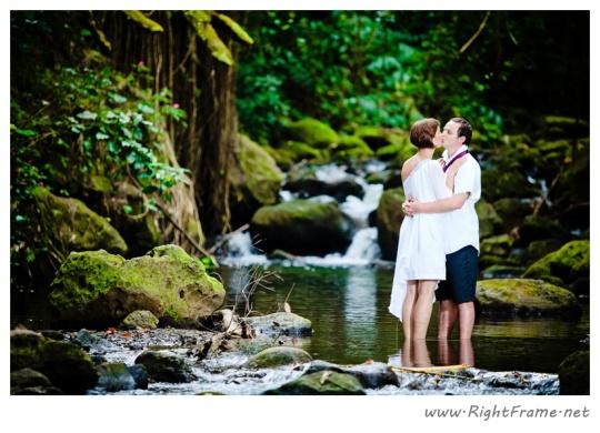 135_Oahu_Hawaii_Wedding_Photographer