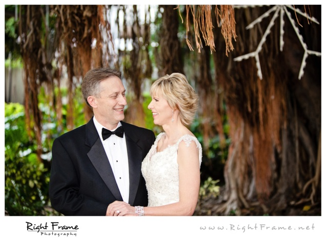 199_Oahu_wedding_Photographers_hale_koa_Hotel