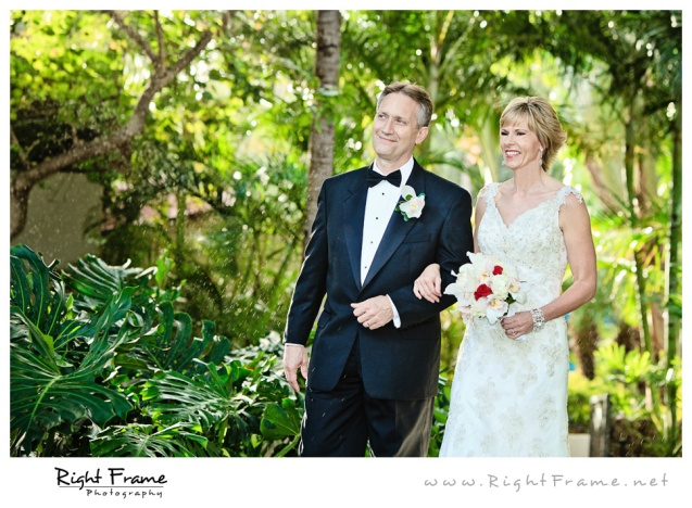 202_Oahu_wedding_Photographers_hale_koa_Hotel