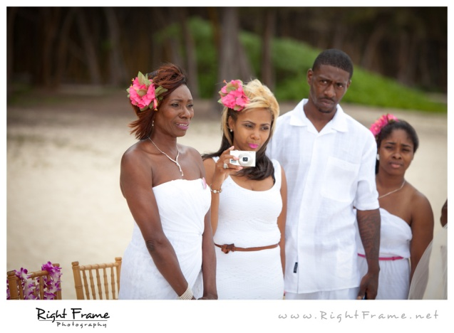 005_Oahu_Wedding_Photographer_Waimanalo_Beach