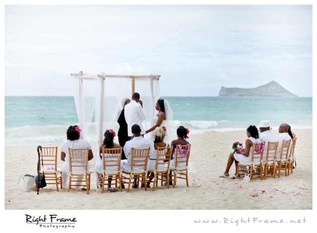 010_Oahu_Wedding_Photographer_Waimanalo_Beach