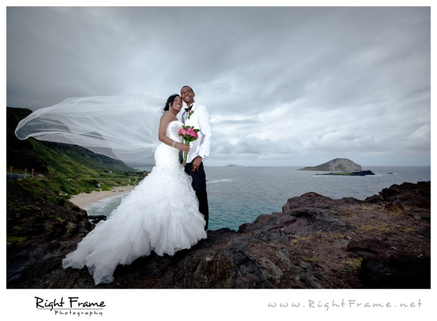 012_Oahu_Wedding_Photographer_Waimanalo_Beach