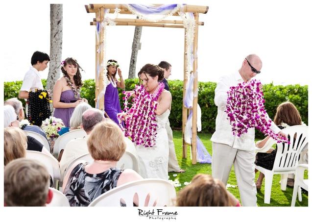 009_Oahu_wedding_photographers_Paradise_cove_