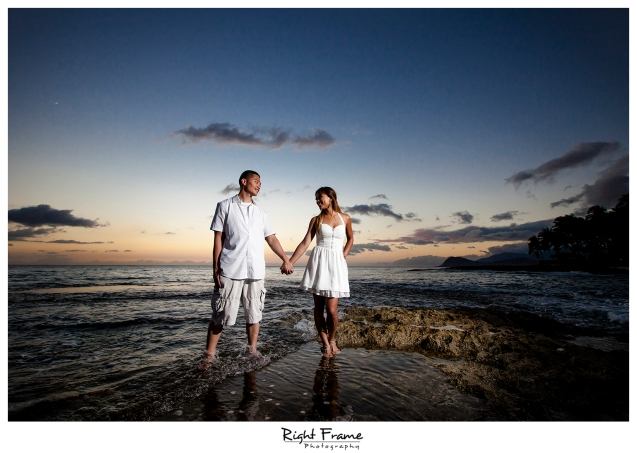012_honolulu_engagement_photographers