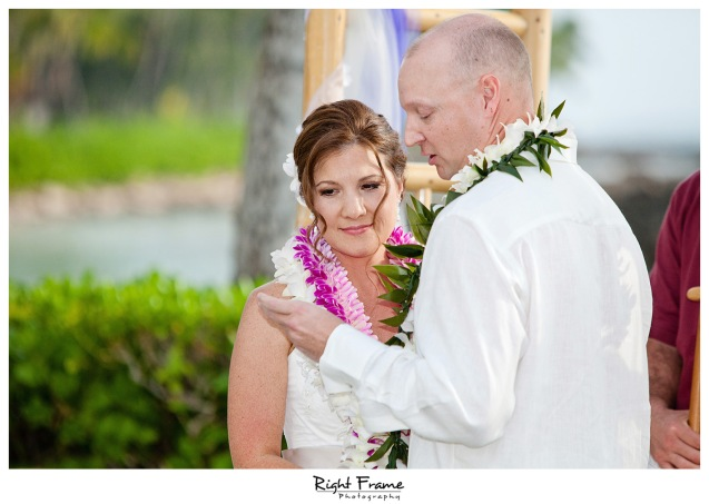 014_Oahu_wedding_photographers_Paradise_cove_