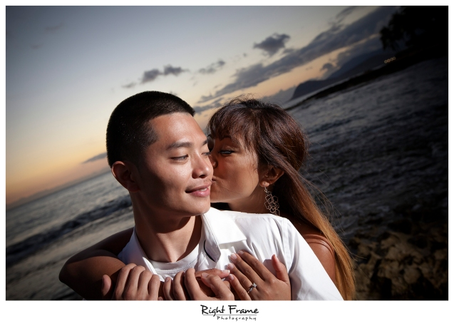 015_honolulu_engagement_photographers