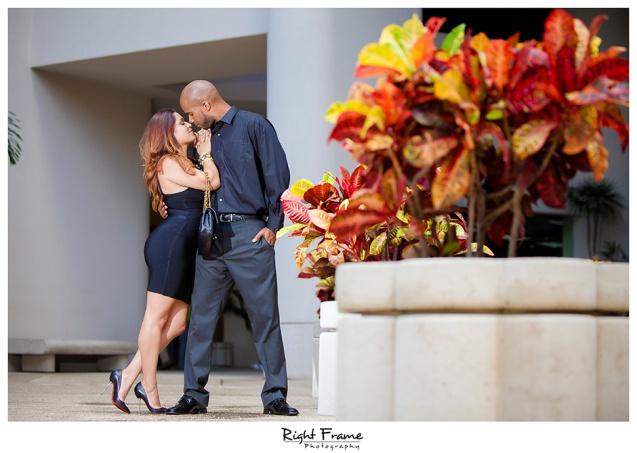 002_Engagement_Photographer_in_Honolulu_Hawaii_Oahu