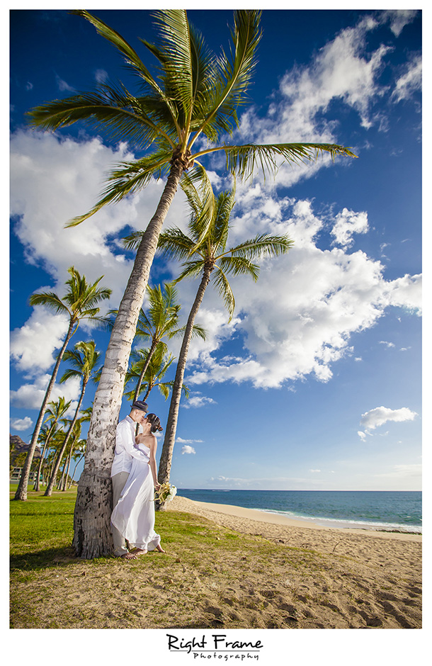 004_best wedding photographer in honolulu Hawaii