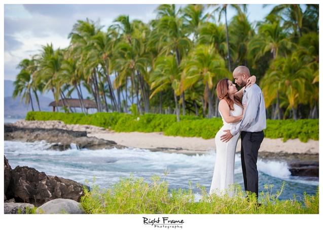 012_Engagement_Photographer_in_Honolulu_Hawaii_Oahu