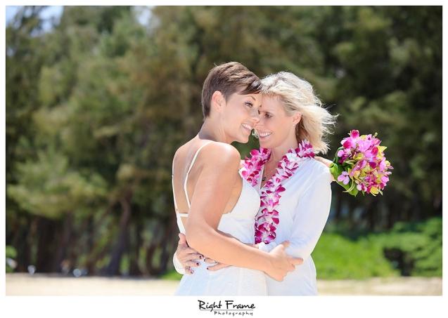 018_Hawaii_Oahu_gay_wedding_lesbian_marriage