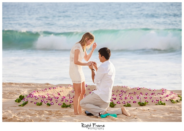 009_oahu engagement photographer