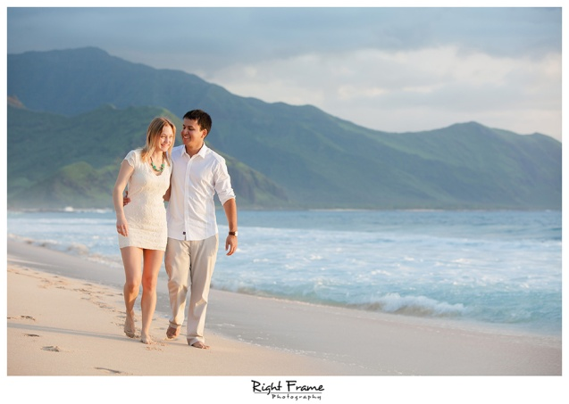 017_oahu engagement photographer