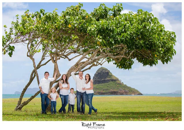 01 Oahu Family Beach Photos