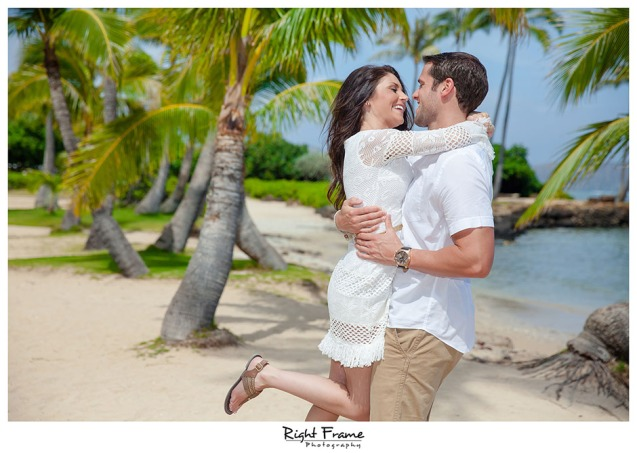 114_oahu engagement photographers