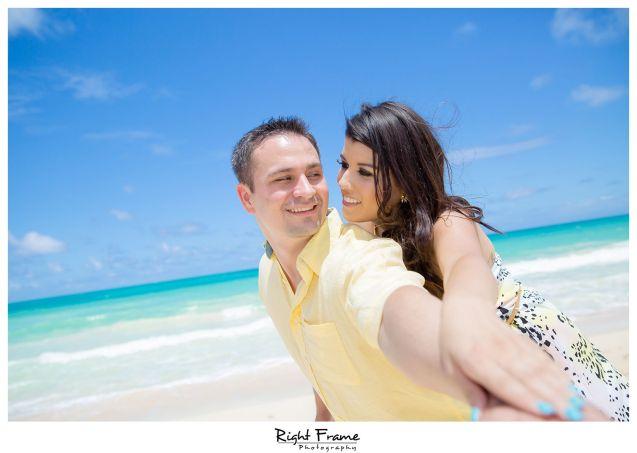 154_Oahu Engagement Photography