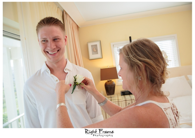 094_Hawaii Wedding Photographer Kahala Beach