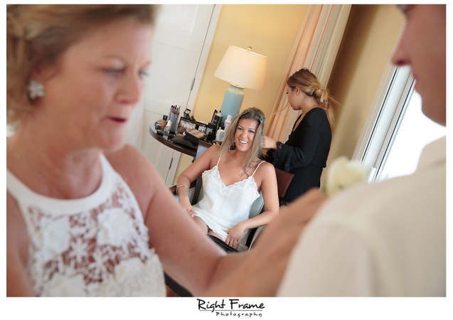 095_Hawaii Wedding Photographer Kahala Beach