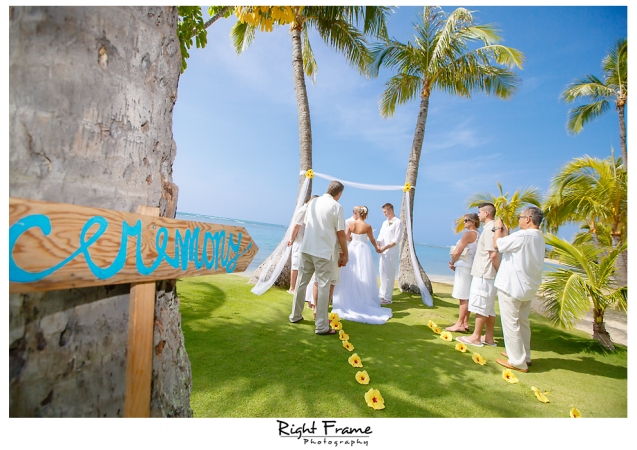 126_Hawaii Wedding Photographer Kahala Beach