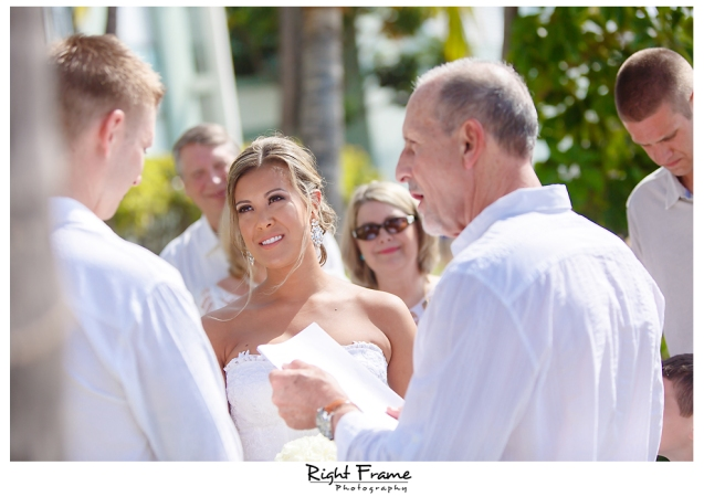 128_Hawaii Wedding Photographer Kahala Beach