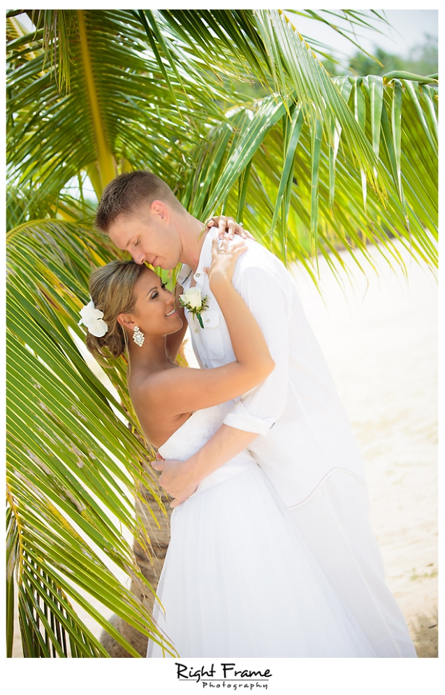 141_Hawaii Wedding Photographer Kahala Beach